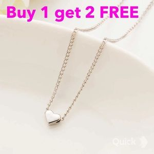 Jewelry - Silver plated heart necklace
